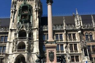 Mariaplatz neues Ratshaus