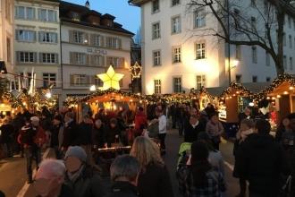 Franziskanerplatz Weihnachtsmarkt Luzern