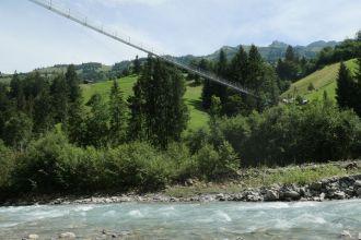 Hängebrücke-zwischen-Adelboden-und-Frutigen