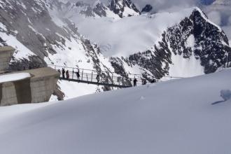 Titlis-Cliff Walk-Hängebrücke
