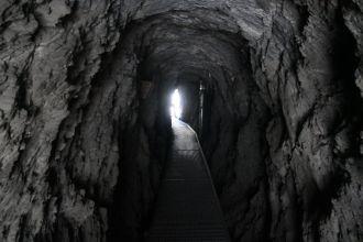 Torrent-Neuf-Tunnel-innen
