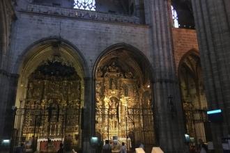 Seitenaltar in der Kathedrale von Barcelona