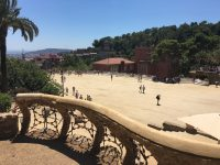 Guell-Terrasse-Barcelona